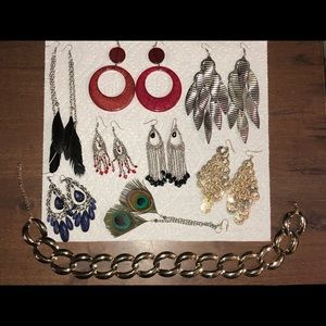 Necklace and earrings (all for that price)
